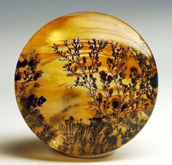 Ágatas con paisaje: una singular rareza de la mineralogía