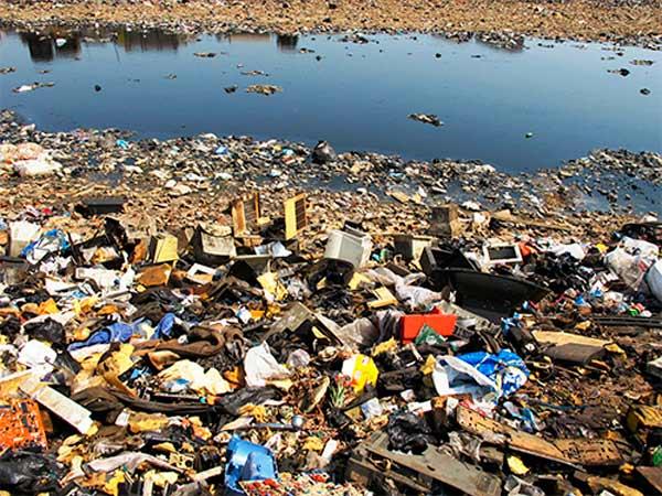 Contaminación de los océanos por causa de la basura electrónica