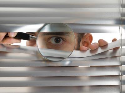 Sentirse espontáneamente observados es una señal evolutiva para ...