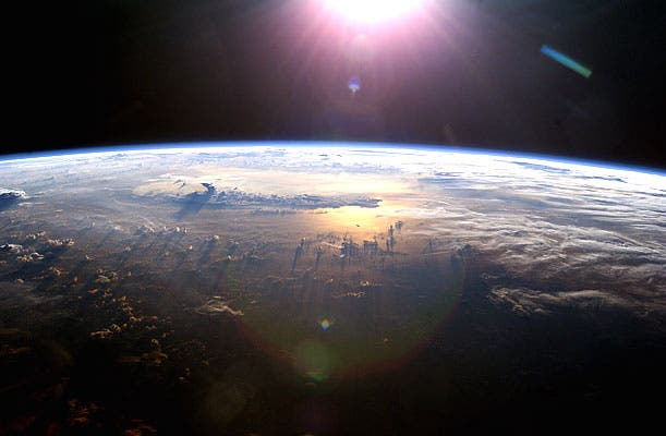 Resultado de imagen de la tierra vista desde el espacio